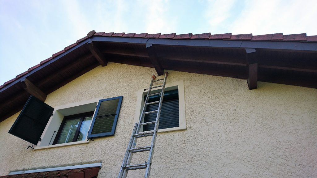 Dessous de toit lasure