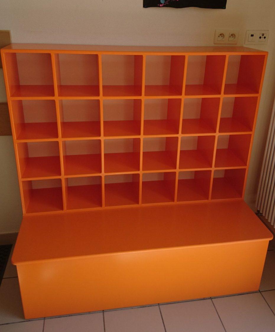 meuble à casier MDF peint